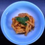 Pasta al pesto di peperoni rossi